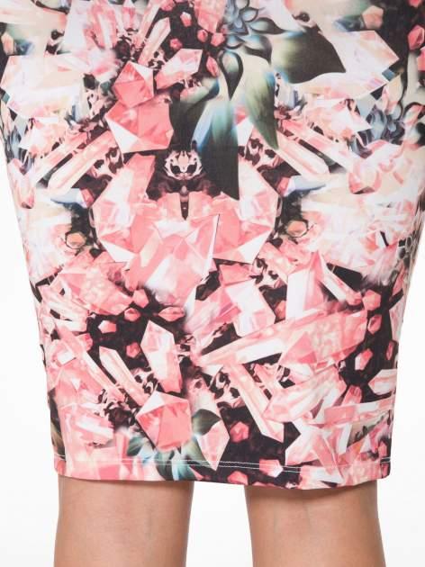 Różowa spódnica ołówkowa z nadrukiem diamond print                                  zdj.                                  7