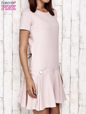 Różowa sukienka dresowa z kokardami z tyłu                                  zdj.                                  3