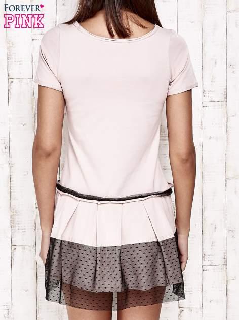 Różowa sukienka dresowa z kontrafałdami i tiulem w groszki                                  zdj.                                  4