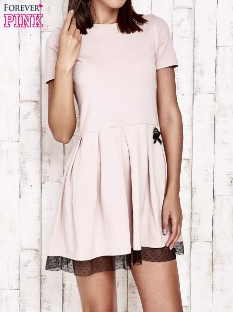 Różowa sukienka dresowa z tiulem w groszki                                  zdj.                                  1