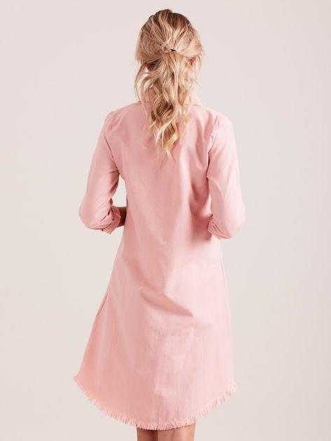 Różowa sukienka zapinana na guziki                              zdj.                              3