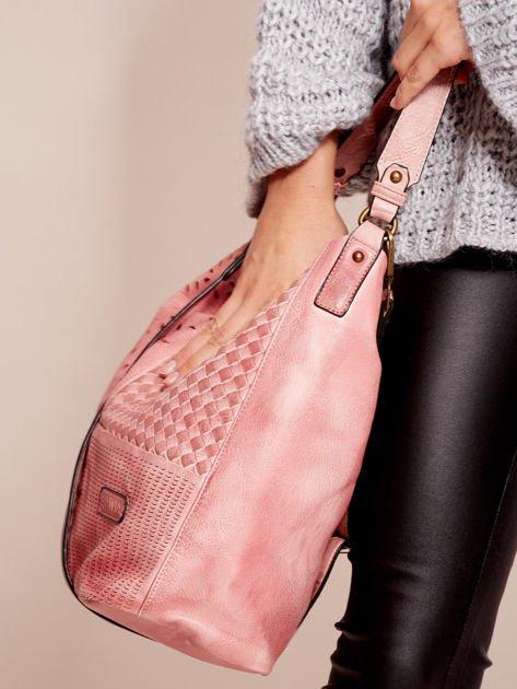 Różowa torba z motywem plecionki                              zdj.                              3