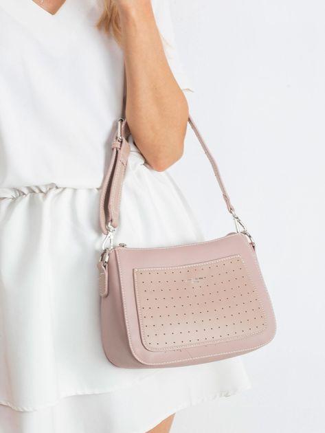 Różowa torebka z ażurową kieszenią