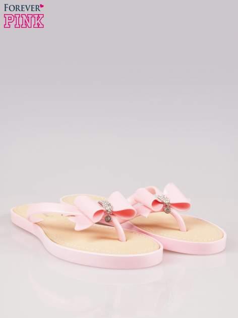 Różowe gumowe japonki z kokardą na grubszej podeszwie                                  zdj.                                  2