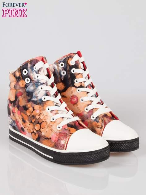 Różowe kwiatowe sneakersy Flora                                  zdj.                                  2