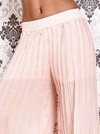 Różowe plisowane spodnie palazzo                                   zdj.                                  5