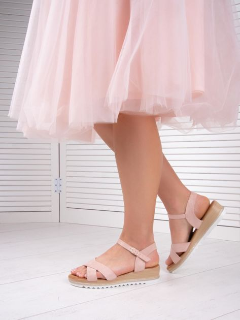 Różowe sandały BELLO STAR na podwyższeniu z paskami na krzyż                              zdj.                              4