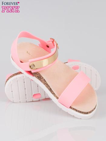 Różowe sandały damskie z blaszką                                  zdj.                                  4