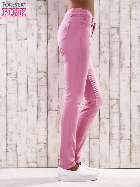 Różowe spodnie skinny jeans biodrówki                                  zdj.                                  2