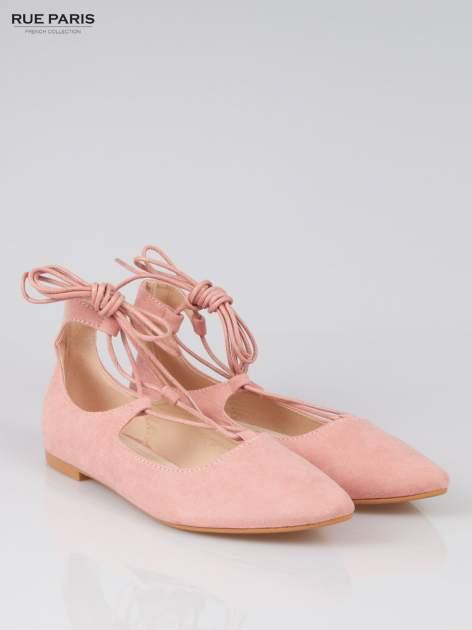 Różowe wiązane baleriny faux suede Kim lace up z zamszu                                  zdj.                                  2