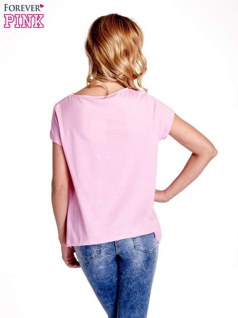 Różowy asymetryczny t-shirt                                  zdj.                                  4