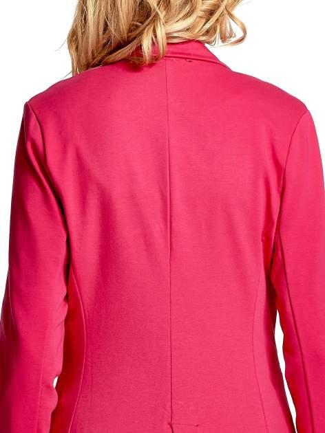 Różowy bawełniany żakiet damski na jeden guzik                                  zdj.                                  6