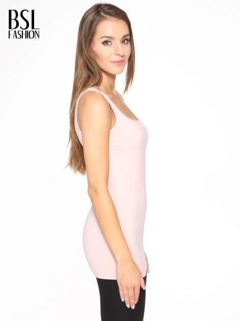 Różowy jednolity top na szerokich ramiączkach                                  zdj.                                  4