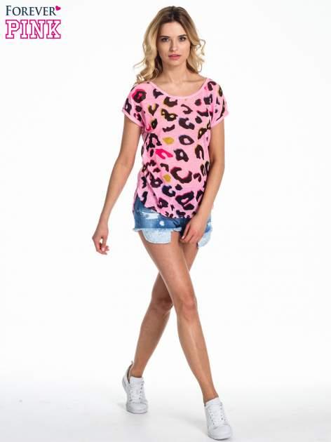 Różowy panterkowy t-shirt z koronkowym tyłem                                  zdj.                                  2