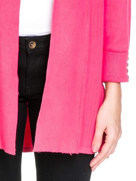 Różowy sweter kardigan z podwijanym rękawami z guziczkami                                  zdj.                                  6