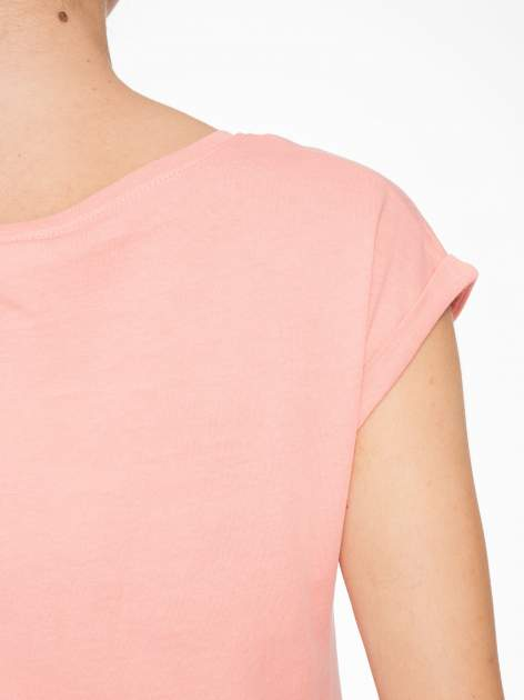 Różowy t-shirt z napisem HEAVEN IS A PLACE ON EARTH WITH YOU                                  zdj.                                  7