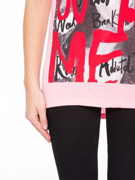 Rózowy t-shirt z napisem JUST YOU AND ME                                  zdj.                                  6