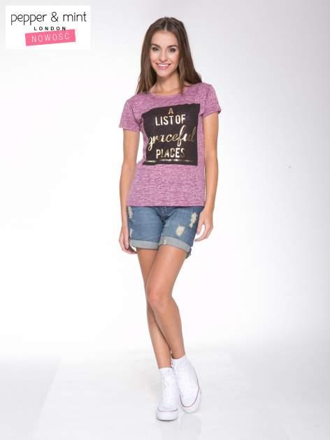 Różowy t-shirt ze złotym napisem A LIST OF GRACEFUL PLACES                                  zdj.                                  5