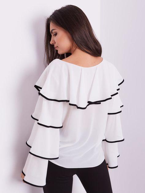 Biała bluzka z falbanami                              zdj.                              13