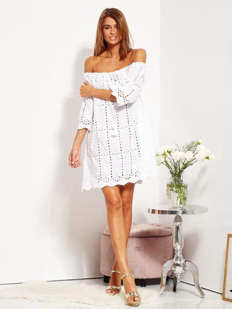 Biała sukienka hiszpanka z boho troczkiem i haftem                              zdj.                              1