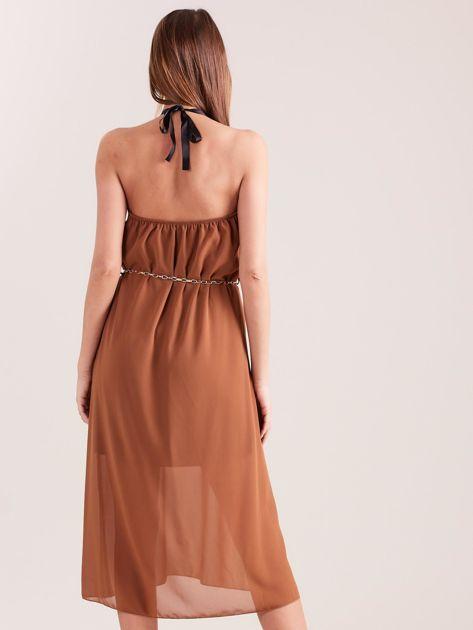 Brązowa sukienka z ozdobnym dekoltem                              zdj.                              3