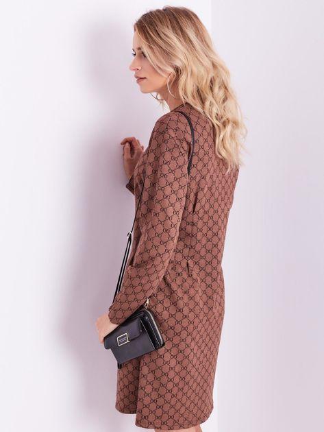 Brązowa sukienka ze wzorem                              zdj.                              9