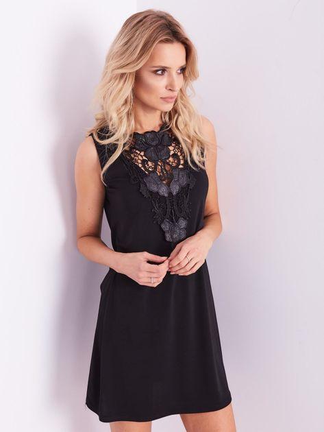 Czarna sukienka z koronką                              zdj.                              3