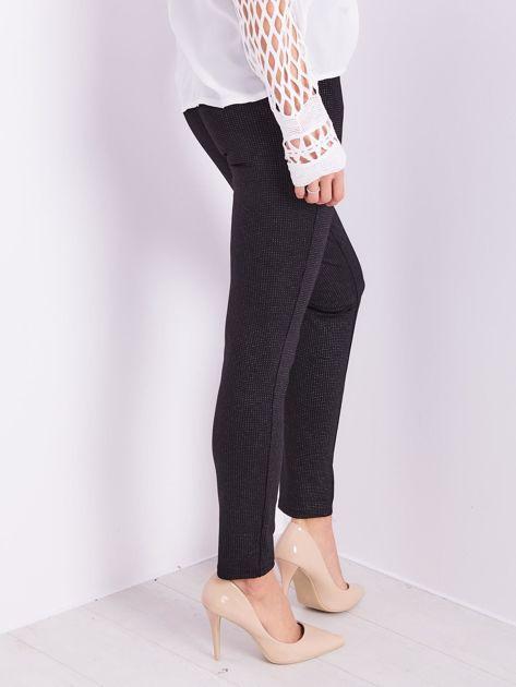 Czarne spodnie w delikatne groszki                              zdj.                              6