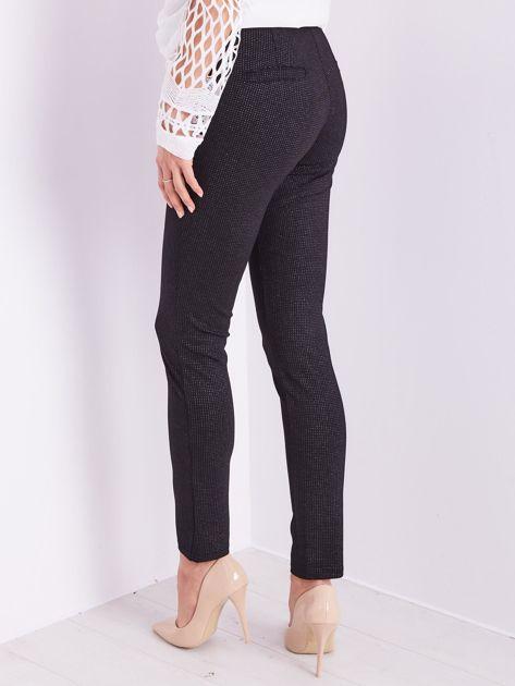 Czarne spodnie w delikatne groszki                              zdj.                              5
