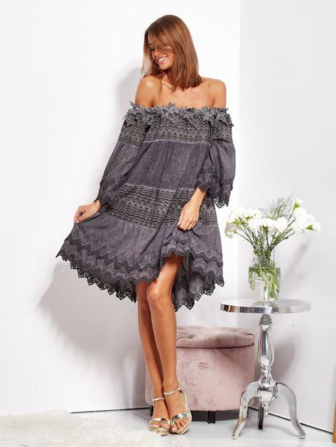Grafitowa sukienka hiszpanka z koronką i perełkami                              zdj.                              8