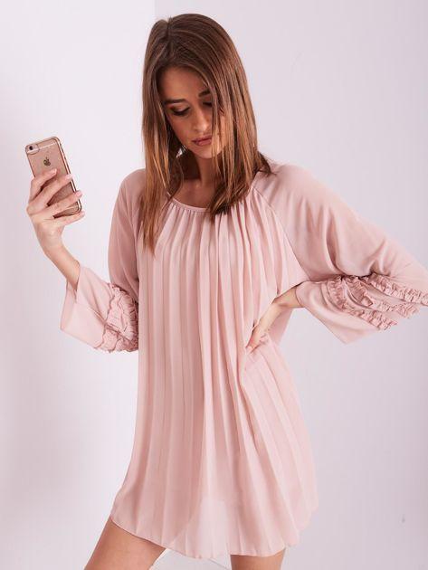 SCANDEZZA Jasnoróżowa plisowana sukienka                              zdj.                              7