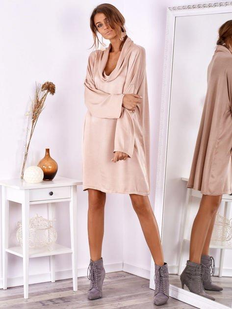 SCANDEZZA Pudroworóżowa luźna sukienka z jedwabiem                              zdj.                              1