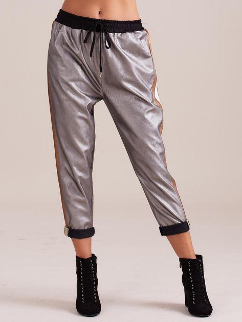 Srebrne skórzane spodnie                              zdj.                              3