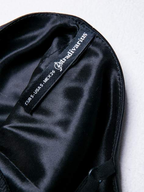STRADIVARIUS Czarna sukienka z transparentnymi modułami                                  zdj.                                  3
