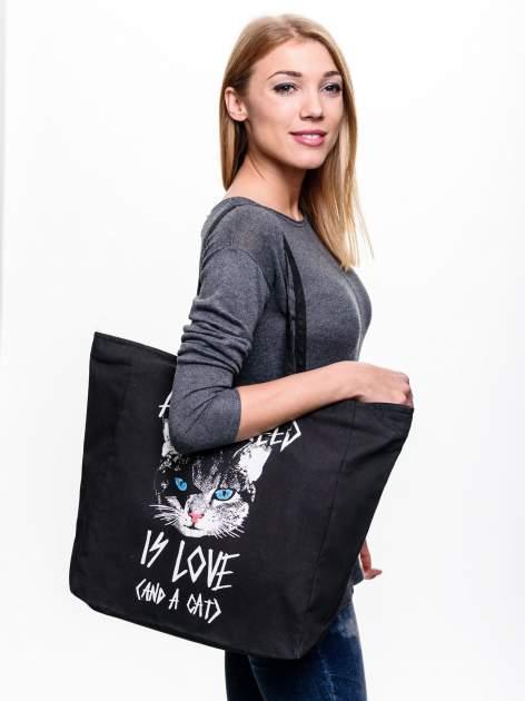 STRADIVARIUS Czarna torebka shopper bag z nadrukiem kota                                  zdj.                                  2