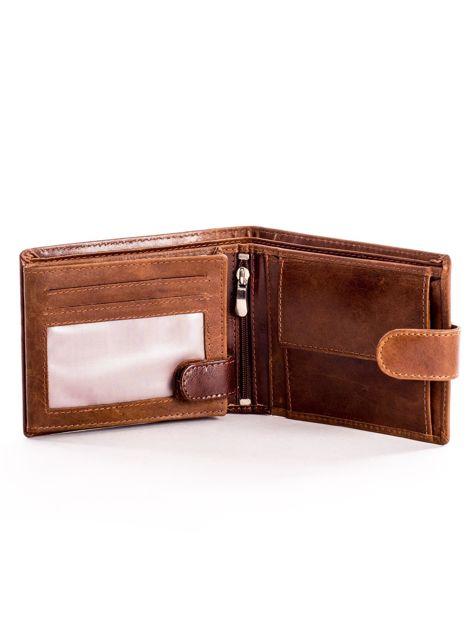 Skórzany brązowy portfel męski z klapką                              zdj.                              4