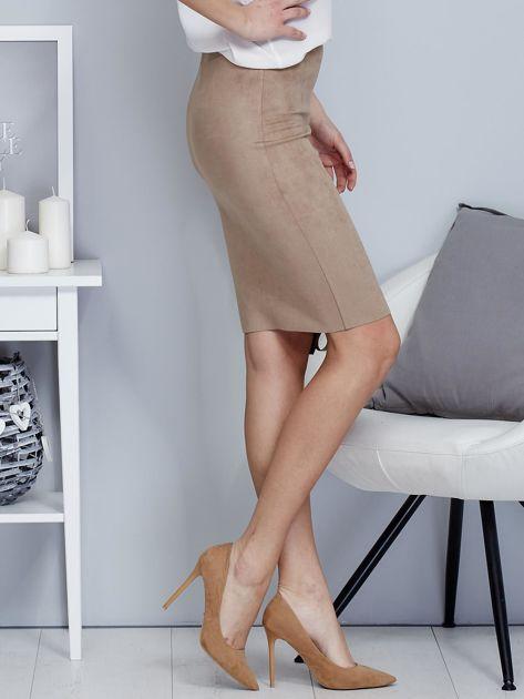 Spódnica beżowa z imitacji zamszu ze sznurowaniem                               zdj.                              5