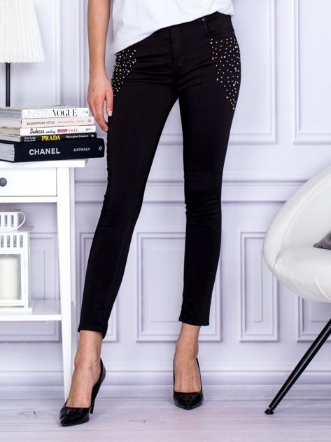 Spodnie czarne z ozdobnymi perełkami                              zdj.                              1