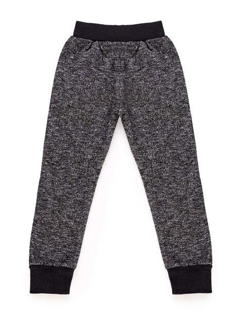 Spodnie dresowe chłopięce z nadrukiem czarne