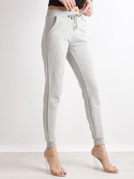 Spodnie dresowe z bawełny szare                              zdj.                              3