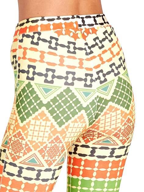Spodnie dzwony we wzór geometryczny                                  zdj.                                  7