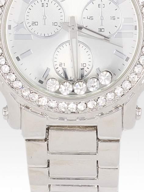Srebrny zegarek damski na bransolecie z cyrkoniami na kopercie                                  zdj.                                  5