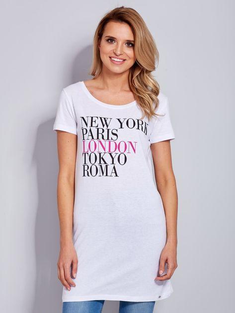 Sukienka biała bawełniana z nazwami miast                                  zdj.                                  2