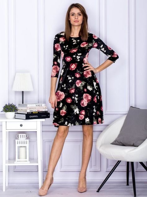 Sukienka czarna aksamitna z motywem kwiatowym                                  zdj.                                  5