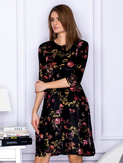Sukienka czarna welurowa z roślinnym motywem                              zdj.                              3