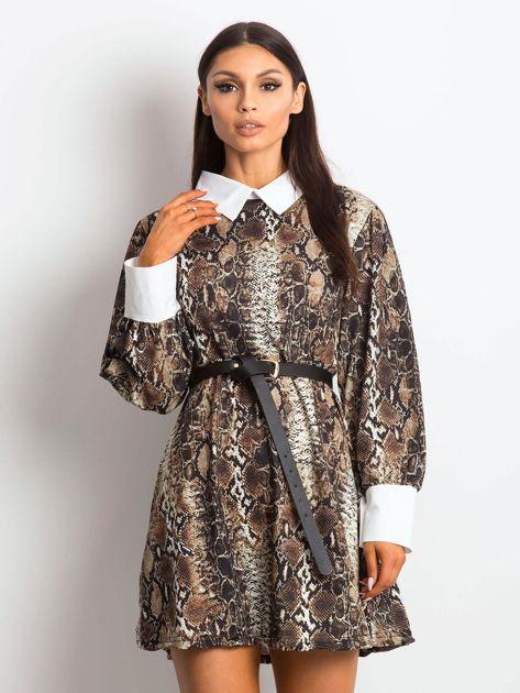 Sukienka czarna z kołnierzykiem z motywem skóry węża                               zdj.                              1