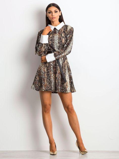 Sukienka czarna z kołnierzykiem z motywem skóry węża                               zdj.                              4