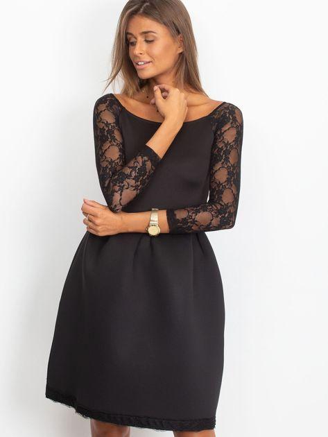 Sukienka czarna z koronkowymi rękawami                              zdj.                              3