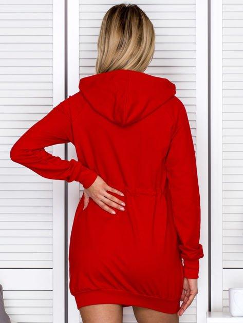 Sukienka damska dresowa z napisem COCO czerwona                                  zdj.                                  2