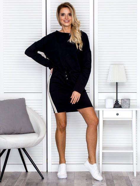 Sukienka damska dresowa z troczkami czarna                              zdj.                              4